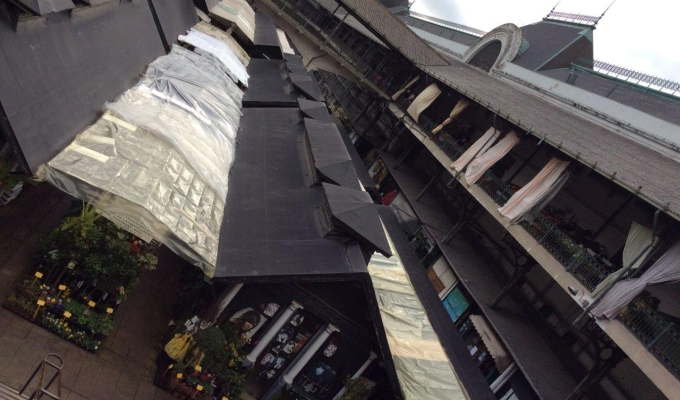 o antigo e tradicional Mercado do Bolhão por dentro (foto minha...) item 4 dos lugares a visitar