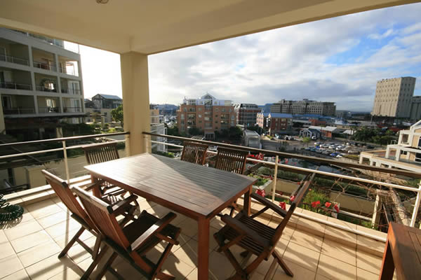 http://www.waterfrontvillage.com/apartments.php