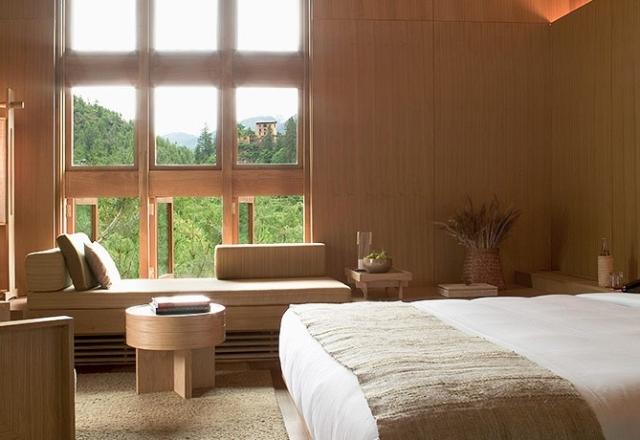 paro-suite-bedroom-view_1028